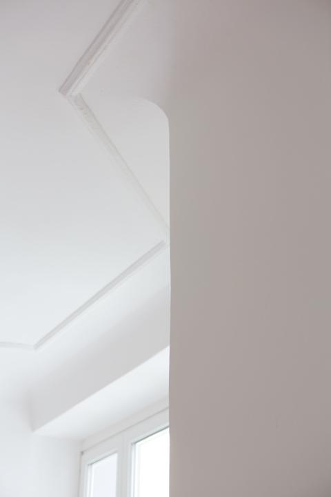 Schönhauser Allee ceiling stuck PRENZLAUER BERG