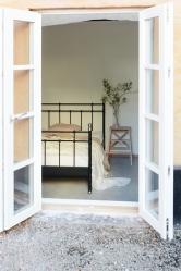 Schlafzimmer mit Innenhof