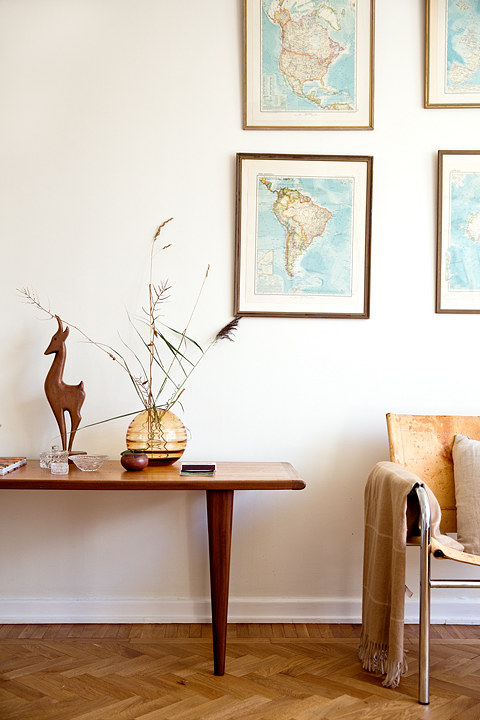 värlsdskarta sideboard stol